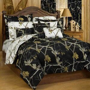 All Purpose Snow and Black Bed Set