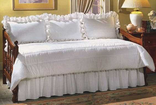 Ruffled Daybed Set